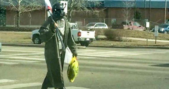 Un cosplayer de Fallout es confundido con un terrorista y casi acaba abatido-gAMERSrd