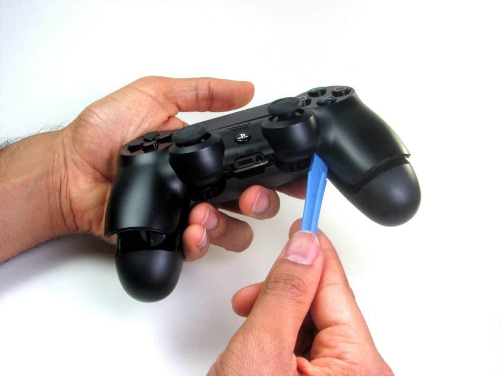 Cómo cambiar la batería del DualShock 4-3-GamersRD
