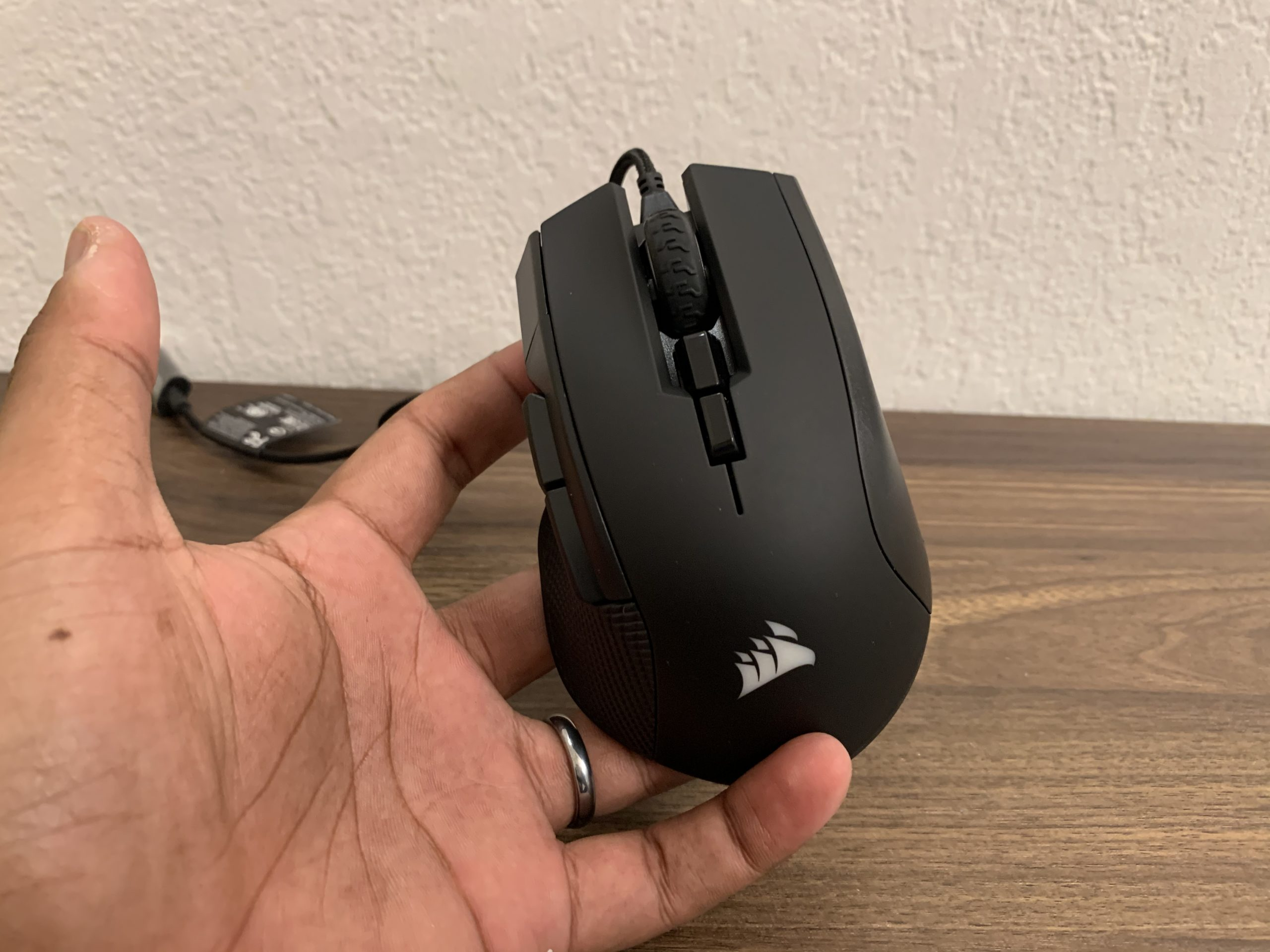 Corsair Ironclaw RGB Gaming Mouse Review GamersRD 2