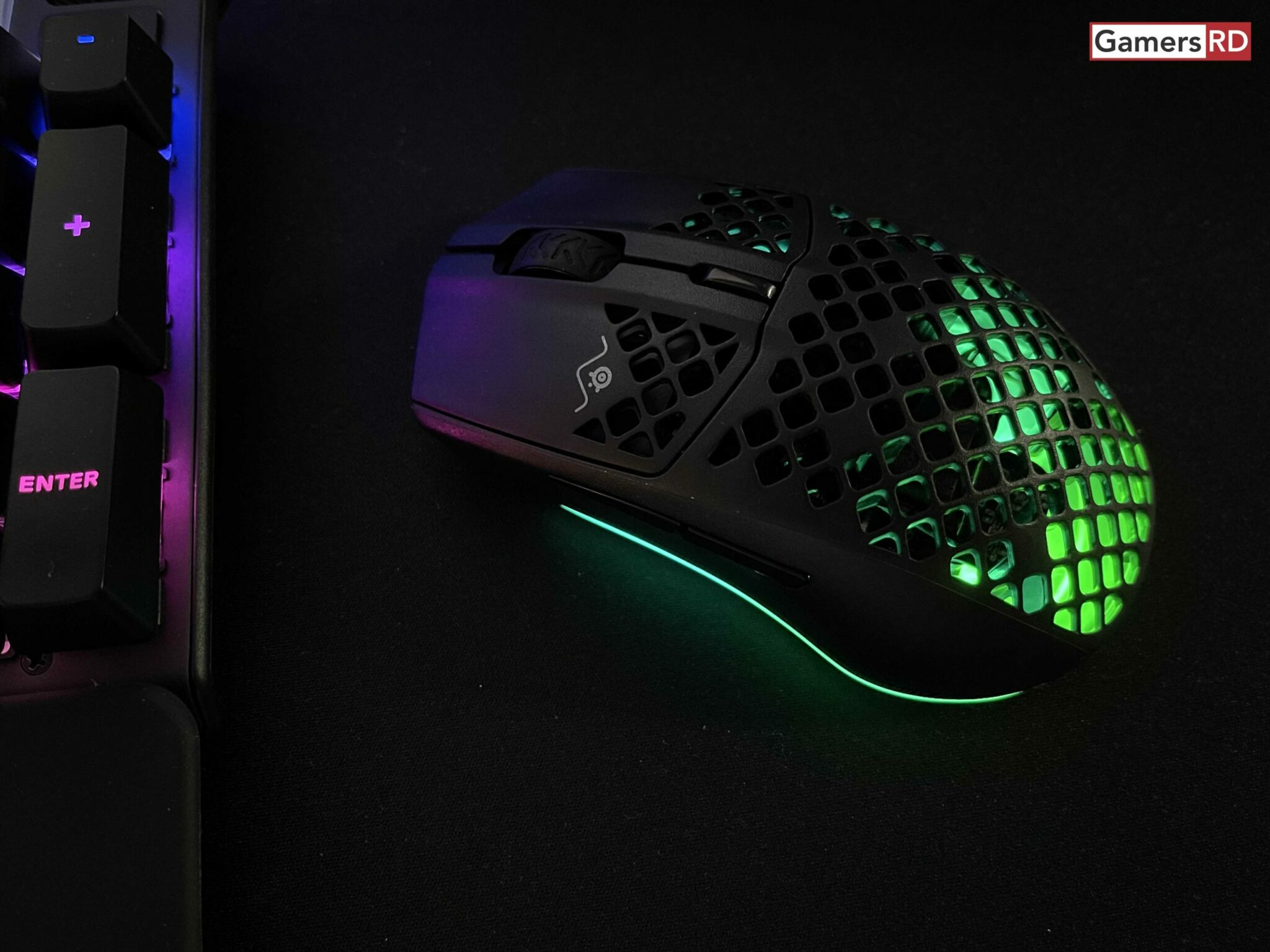 Steel Series Aerox 5 Wireless mouse gaming, Review 4 GamersRD