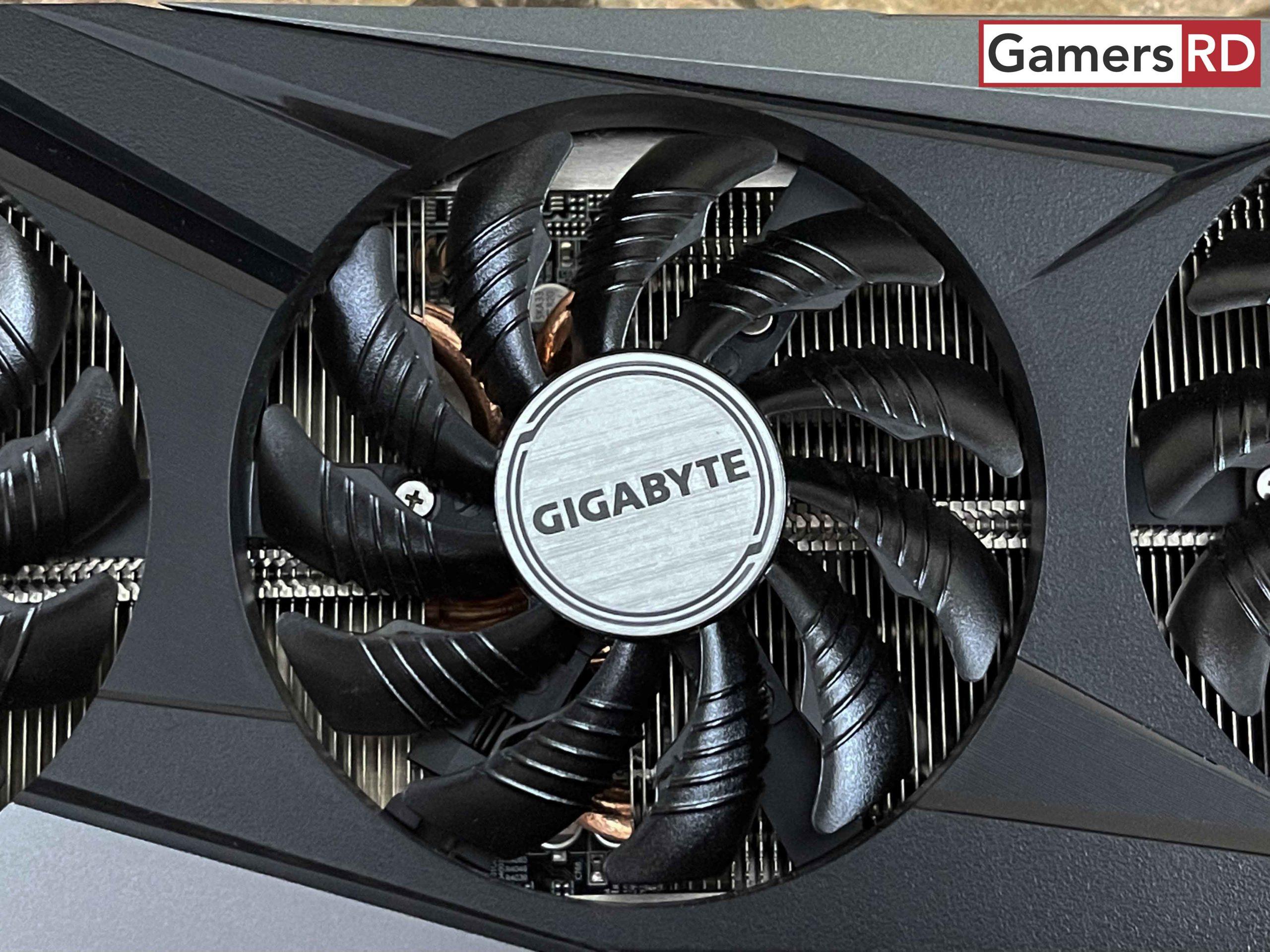 AMD Radeon RX 6600 XT GIGABYTE OC REVIEW 5 GAMERSRD